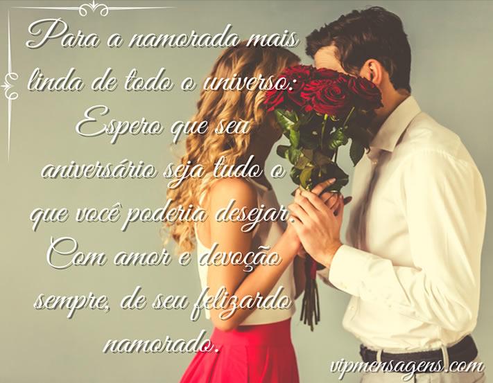 Casal e flores